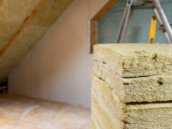 jak-ocieplic-drewniany-dom-przeglad-sposobow