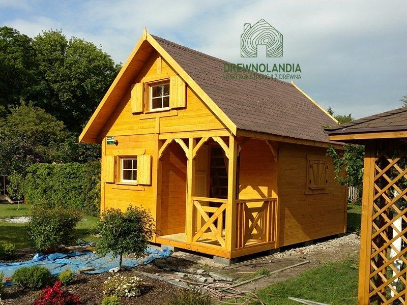 Domek drewniany plus taras