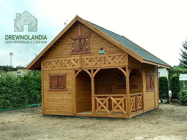 Caloroczne domki budowa cena