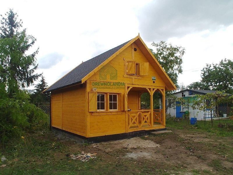 Caloroczne i letniskowe domki drewniane