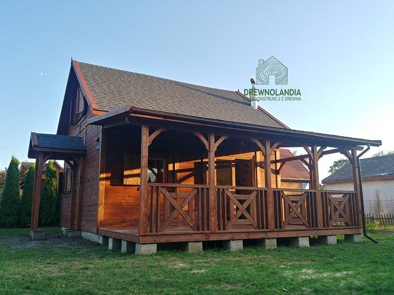 Drewniane domy producent montaz cena