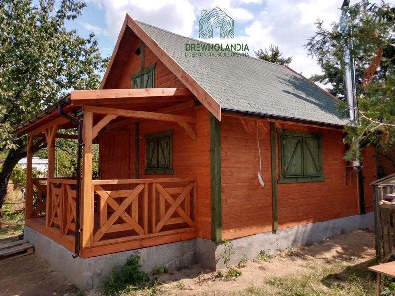 Domek z tarasem drewnolandia