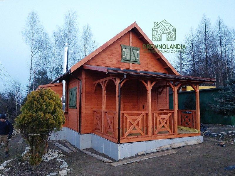 Male domki drewniane