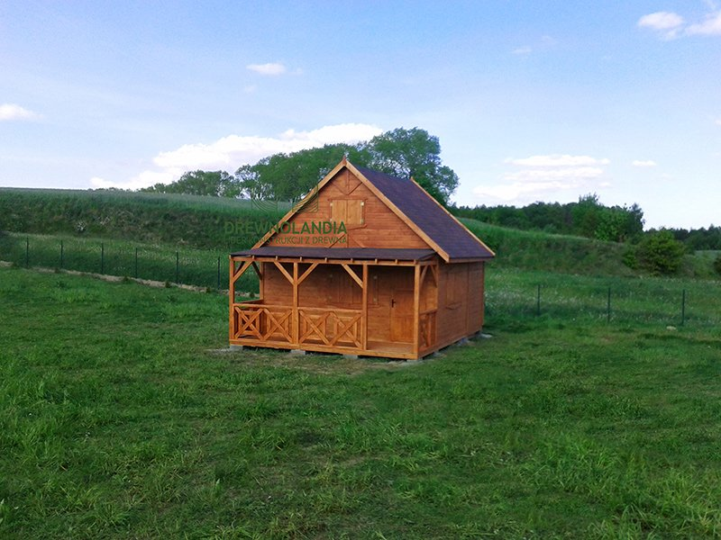 Domek dzialkowy2