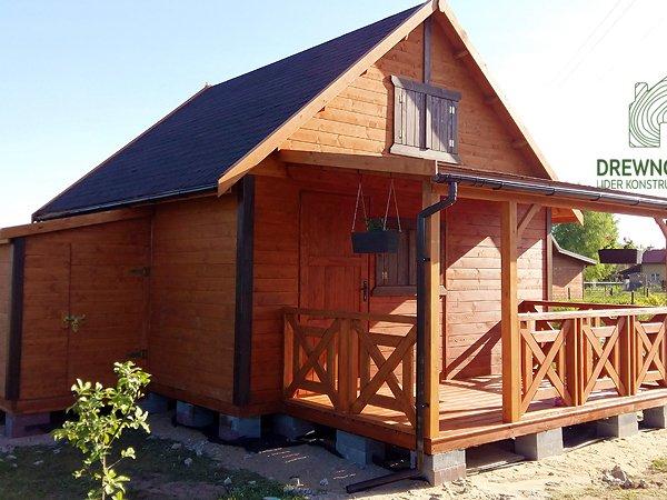 Drewniany domek letniskowy drewnolandia