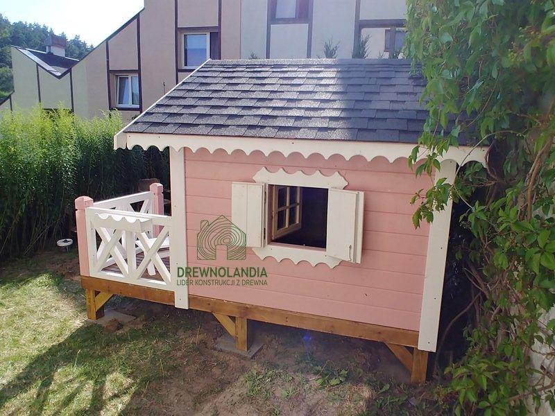 Drewniane domki zabaw dla dzieci