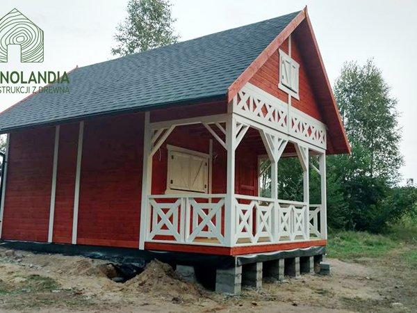 Domek z drewna impregnat malowanie