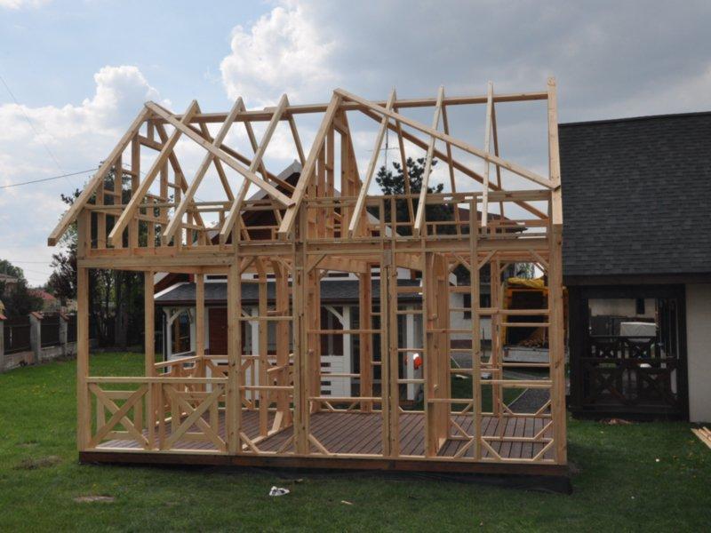 Domek z drewna kanadyjski